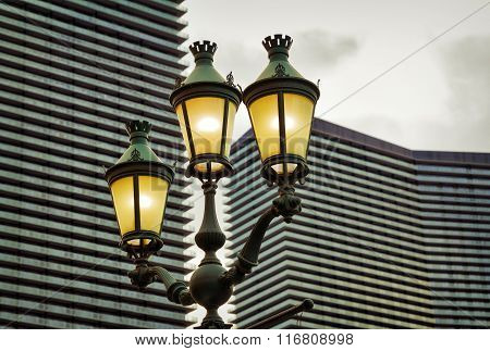 Electric Street Lamp in the evening, Las Vegas