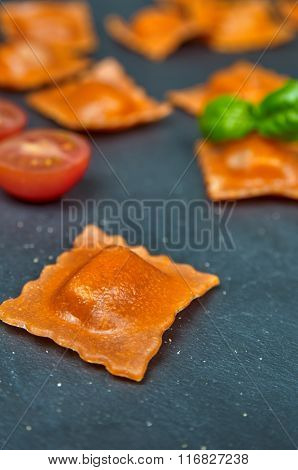 Tomato Ravioli With Cheese Fillingsli