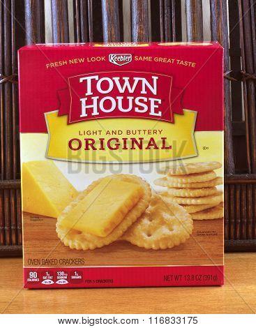Town House Cracker Box