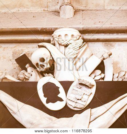 Memento Mori - Skull, Reaper Sic Vintage