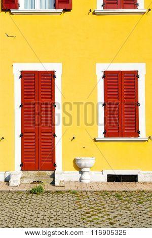 Red Window  Varano Borghi Palaces Italy   Door