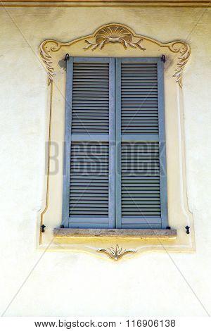 Grey Window Jerago Palaces  The Concrete  Brick