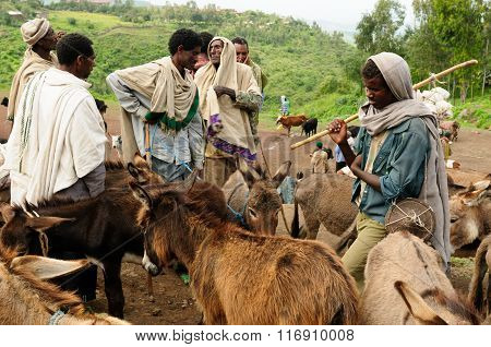 Local People On The Market In The Town Of Lalibela, Ethiopia
