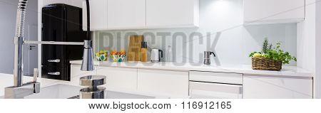 Kitchen Sink With Stylish Tap