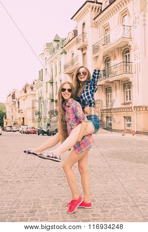 Funny Girls Traveling And  Fooling Around On The City