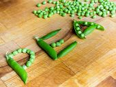 Постер, плакат: Word PEA written with peas