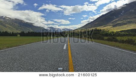 New Zealand Landscape Highway