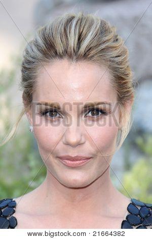 LOS ANGELES - JUL 6:  Leslie Bibb arriving at the