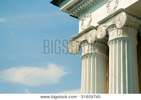 Ionic greek column
