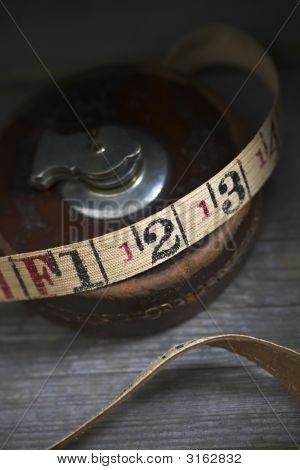 Old Tape Measure V4