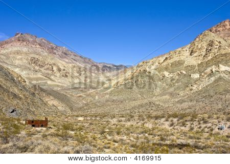 Big Valley, Small Building