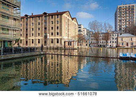 Canal Saint Martin, Paris, Ile De France, France
