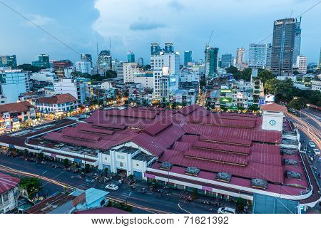 Ben Thanh market at blue hour