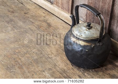 Old Black Kettle