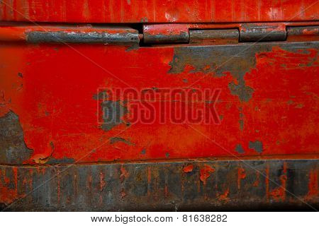 Details In Iron Box