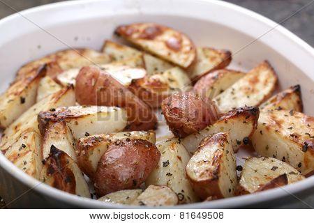 Baked potato wedges golden brown