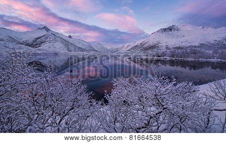 Mountains under snow