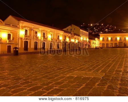 QUITO HISTORICAL PLAZA