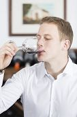 ������, ������: Man Tasting A Glass Of Red Wine