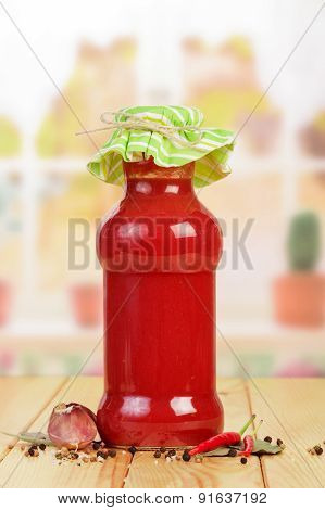 Tomato juice and vegetables