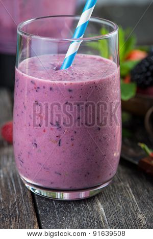 Homemade Antioxidant Summer Fruits Smoothie