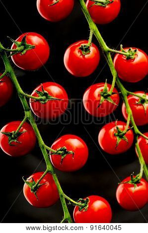 Fresh Vine Cherry Tomatoes