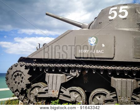 Tank of WWII shown as monument to Allied Troops
