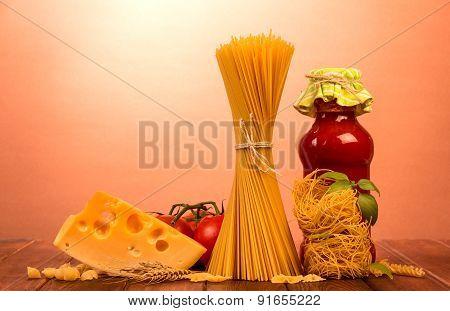 Uncooked italian pasta