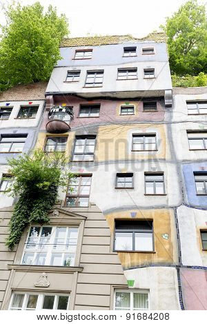 Hundertwasser House Vs Ordinary House