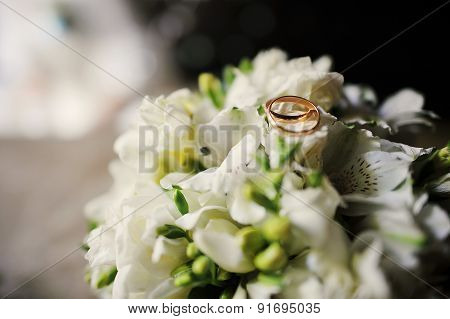 Wedding Bouquet With Enqaqement Rings
