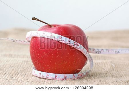 Red Apple And Metter