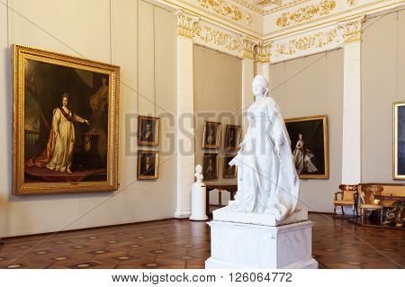 SAINT PETERSBURG, RUSSIA - APRIL 11, 2016: Interior of the State Russian Museum, hall with the sculpture by Catherine the Great. The museum is the largest depository of Russian fine art in St. Petersburg