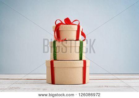 Round Gift Boxes