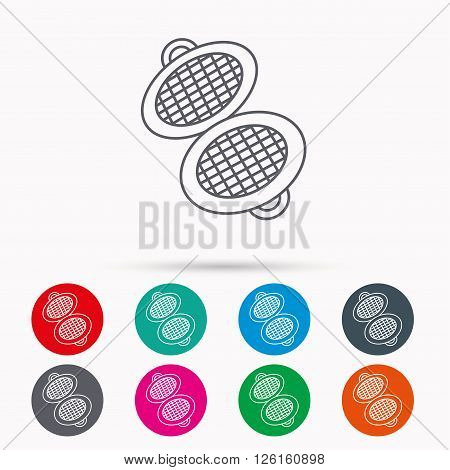 Waffle iron icon. Kitchen baking tool sign. Linear icons in circles on white background.