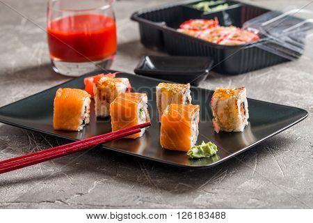 Set Of Salmon & Eel Sushi Rolls