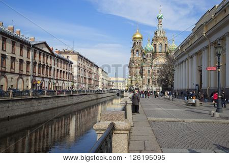 ST. PETERSBURG, RUSSIA - MARCH 24, 2014: View of the Cathedral of Resurrection (Savior on blood), sunny march afternoon. Historical landmark of the city St. Petersburg