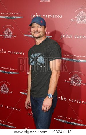 LAS VEGAS - APR 17:  Bailey Chase at the John Varvatos 13th Annual Stuart House Benefit at the John Varvatos Store on April 17, 2016 in West Hollywood, CA
