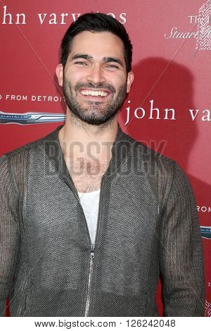 LAS VEGAS - APR 17:  Tyler Hoechlin at the John Varvatos 13th Annual Stuart House Benefit at the John Varvatos Store on April 17, 2016 in West Hollywood, CA