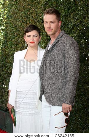 LAS VEGAS - APR 17:  Ginnifer Goodwin, Josh Dallas at the John Varvatos 13th Annual Stuart House Benefit at the John Varvatos Store on April 17, 2016 in West Hollywood, CA