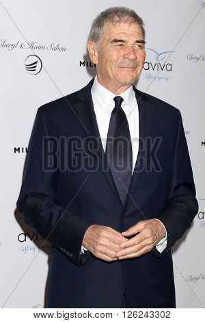 LAS VEGAS - APR 16:  Robert Forster at the A Gala To Honor Avi Lerner And Millennium Films at the Beverly Hills Hotel on April 16, 2016 in Beverly Hills, CA