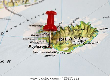 Map with pin point of Reykjavik in Iceland