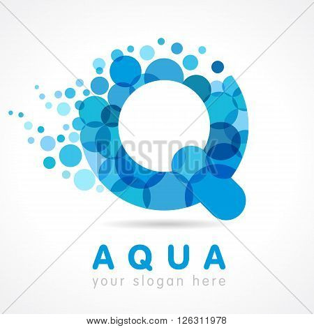 Aqua Q logo. Logo of tourism, resort or hotel by the sea in letter Q bubbles