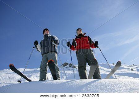 Hombre esquí