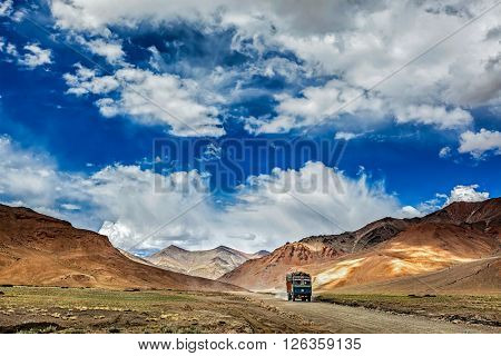 Indian lorry on Trans-Himalayan Manali-Leh highway in Himalayas. Ladakh, Jammu and Kashmir, India