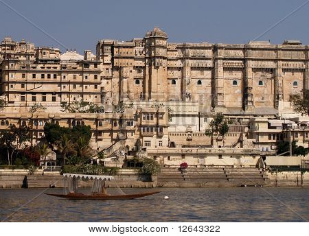 Rajput Style City Palace By Lake Pichola