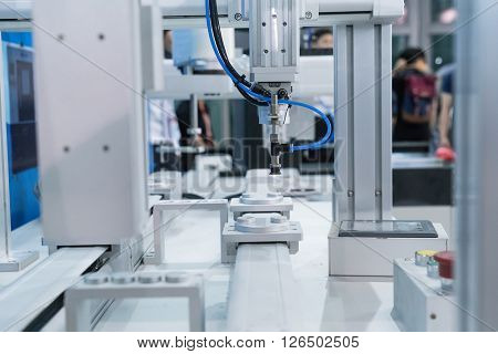 Robot arm in a factory working