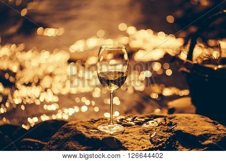 Winwe Glass Near Water