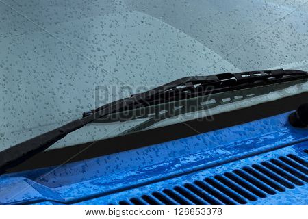 Wiper Arm And Blade And Wet Blue Bonnet 2