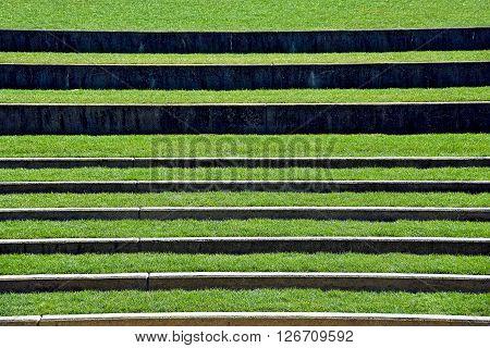 grass steps in an open air amphitheater