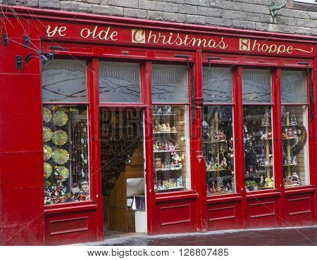 EDINBURGH SCOTLAND - MARCH 12TH 2016: Ye Olde Christmas Shoppe situated on Canongate in Edinburgh on 12th March 2016.